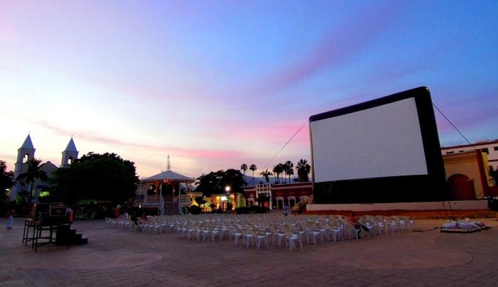 Cine en la plaza de San José