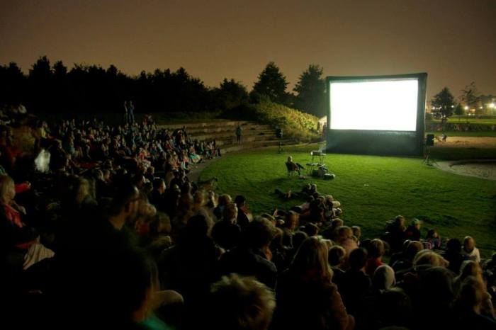 travelling cinema with inflatable movie screen